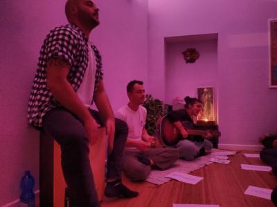 14 Dicembre: serata Kirtan Yoga con musica dal vivo!